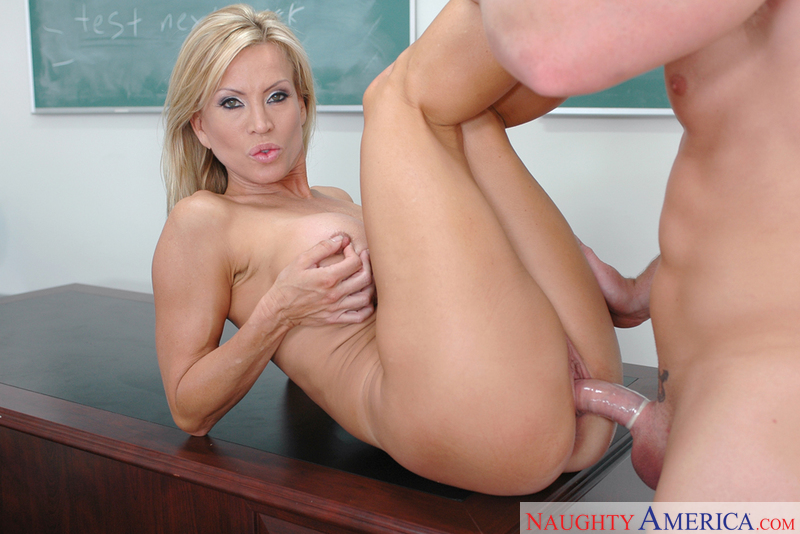 Naked college girls web cam