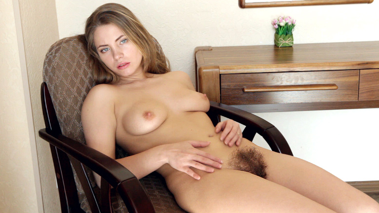 Mature Hairy Pussy Toying