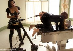 Sandra Romain in  Wiredpussy Sandra's Latex Slave September 27, 2007  Electro Clamp, Electricity