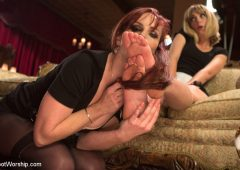 Mona Wales in  Footworship Foot Maids: Part 1 February 07, 2014  Pussy Eating, Feet